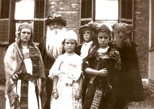 dress-up 1913