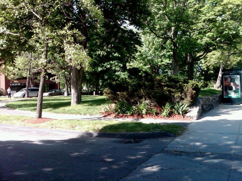 a driveway in Roxbury
