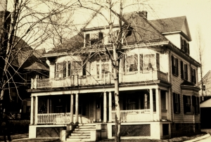 32 charlotte street 1915